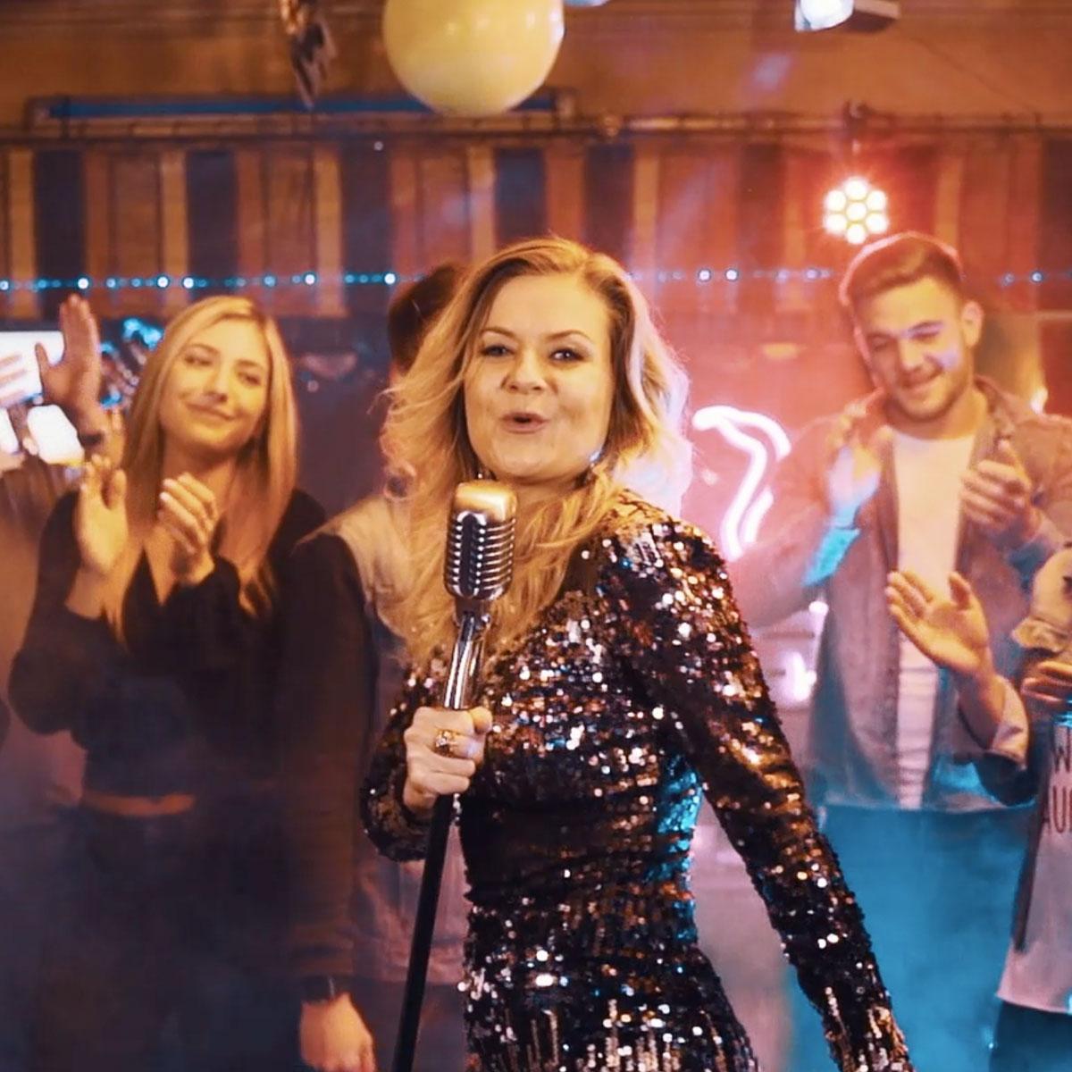 Niki Kracher  – Wir bleiben jung